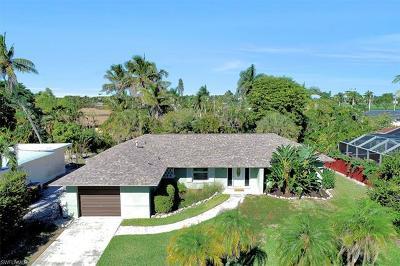 Marco Island Single Family Home For Sale: 1260 Skylark Ave