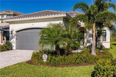 Naples Single Family Home For Sale: 4121 Amelia Way