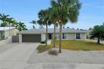 Marco Island Single Family Home For Sale: 449 Worthington St