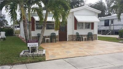 Naples Single Family Home For Sale: 8 Bass Ln #8