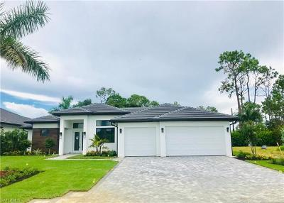 Naples Single Family Home For Sale: 219 Legacy Ct
