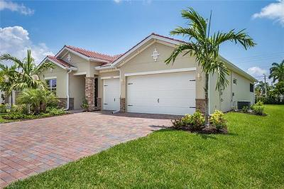 Cape Coral Single Family Home For Sale: 2893 Sunset Pointe Cir