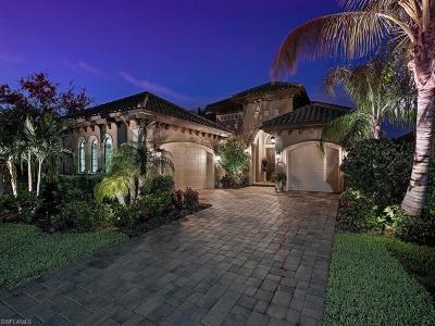 Naples Single Family Home For Sale: 7418 Lantana Cir