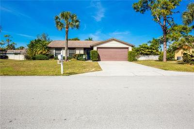 Naples Single Family Home For Sale: 2345 Outrigger Ln