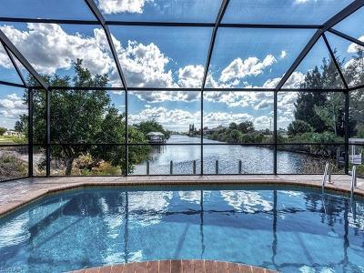 Cape Coral Single Family Home For Sale: 3716 Gulfstream Pky