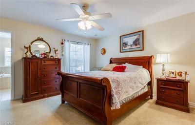 Estero Single Family Home For Sale: 9723 E Heatherstone Lake Ct #5