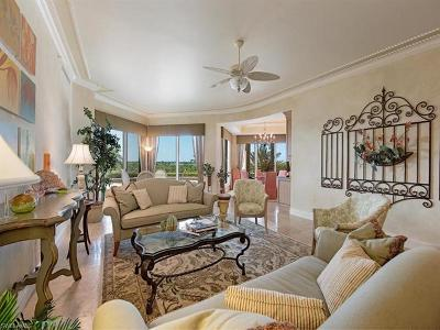 Bonita Springs Condo/Townhouse For Sale: 4931 Bonita Bay Blvd #302