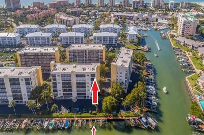 Fort Myers Beach Condo/Townhouse For Sale: 4431 Bay Beach Ln #561