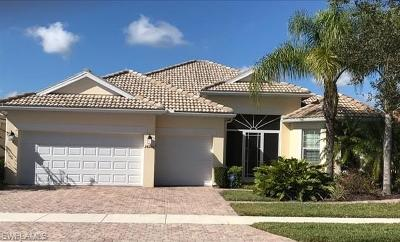 Bonita Springs Single Family Home For Sale: 28266 Insular Way