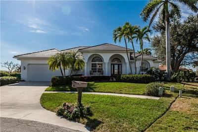 Marco Island Single Family Home For Sale: 1695 Rainbow Ct