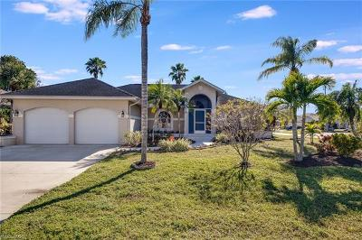Bonita Springs Single Family Home For Sale: 10570 Woodchuck Ln