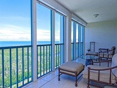 Condo/Townhouse For Sale: 7515 Pelican Bay Blvd #20B