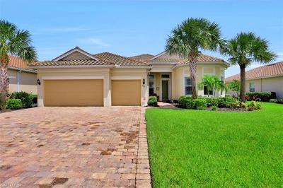 Naples Single Family Home For Sale: 9267 Fieldstone Ln
