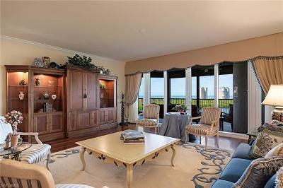 Condo/Townhouse For Sale: 7575 Pelican Bay Blvd #907
