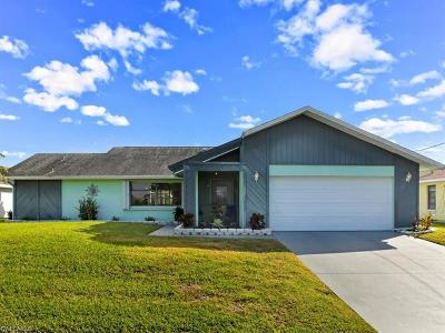 Cape Coral Single Family Home For Sale: 1821 SE 5th Ct