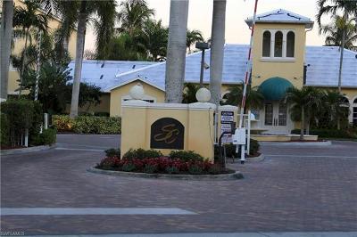 Naples Condo/Townhouse For Sale: 4665 Saint Croix Ln #1516