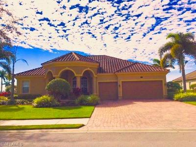 Naples Single Family Home For Sale: 10010 S Lions Bay Ct