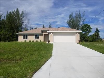 Cape Coral Single Family Home For Sale: 3736 NE 15th Pl