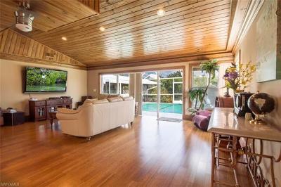 Naples Single Family Home For Sale: 407 Samar Ave