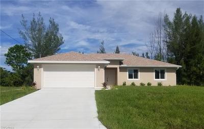 Cape Coral Single Family Home For Sale: 815 Vogiantzis Pky