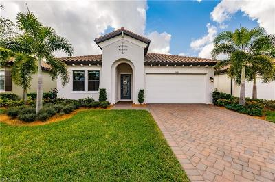 Fort Myers Single Family Home For Sale: 10642 Essex Square Blvd