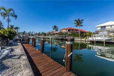 Marco Island Single Family Home For Sale: 656 Dorando Ct
