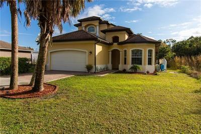 Naples Single Family Home For Sale: 4420 NE 40th St