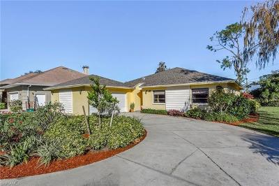 Naples Single Family Home For Sale: 229 Mentor Dr
