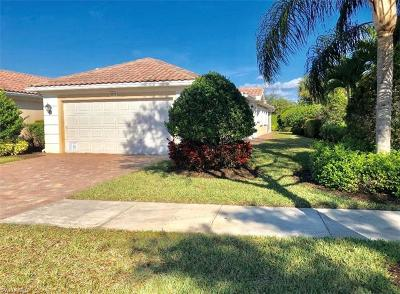 Naples Single Family Home For Sale: 8242 Xenia Ln