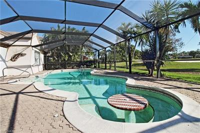 Naples Single Family Home For Sale: 530 Cormorant Cv
