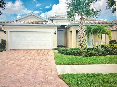 Naples Single Family Home For Sale: 8475 Benelli Ct
