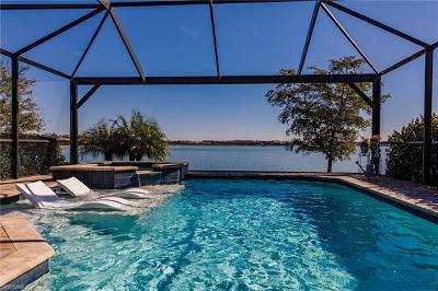 Estero Single Family Home For Sale: 20289 Corkscrew Shores Blvd