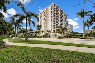 Naples Condo/Townhouse For Sale: 4451 N Gulf Shore Blvd #605