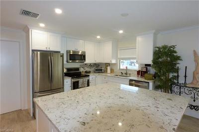 Naples Single Family Home For Sale: 1232 Cypress Woods Dr