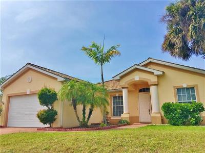 Bonita Springs Single Family Home For Sale: 27330 Rue De Paix