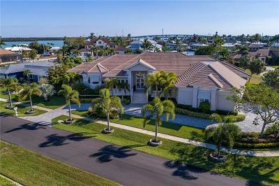 Marco Island Single Family Home For Sale: 1231 Laurel Ct