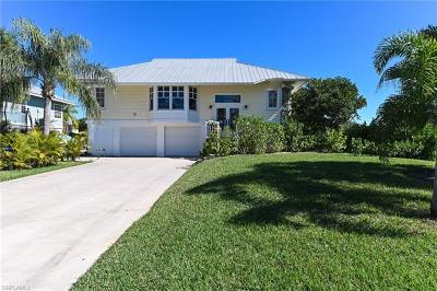 Bonita Springs Single Family Home For Sale: 27787 Forester Dr