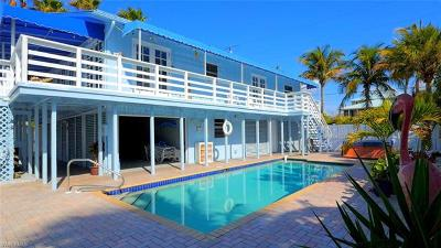 Fort Myers Beach Single Family Home For Sale: 5700 Estero Blvd