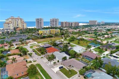 Marco Island Single Family Home For Sale: 916 Loyalty Ave