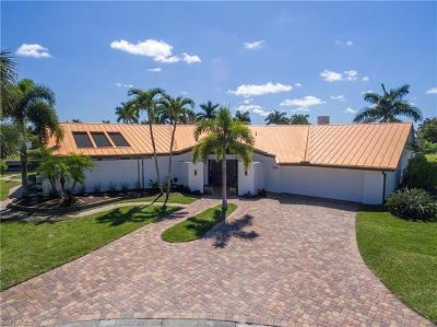 Fort Myers Single Family Home For Sale: 6643 Joanna Cir