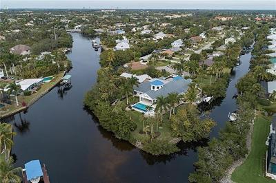 Bonita Springs Single Family Home For Sale: 27271 Belle Rio Dr
