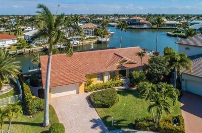 Marco Island Single Family Home For Sale: 1836 Maywood Ct