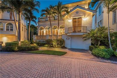 Bonita Springs Single Family Home For Sale: 27720 Marina Isle Ct