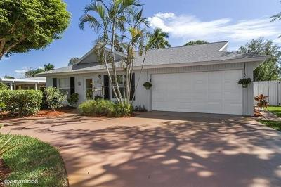 Naples Single Family Home For Sale: 1130 N 8th Ter