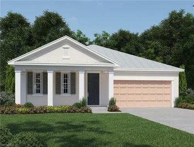 Naples Single Family Home For Sale: 14553 Tropical Dr