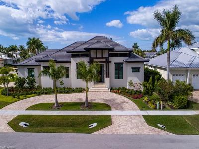 Marco Island Single Family Home For Sale: 443 Spinnaker Dr