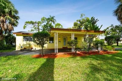 Naples Single Family Home For Sale: 1273 N 12th Ave
