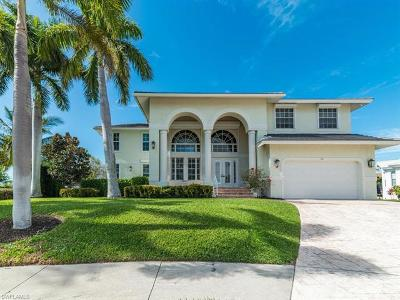 Marco Island Single Family Home For Sale: 311 Henderson Ct