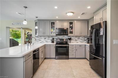 Naples Single Family Home For Sale: 5303 Berkeley Dr