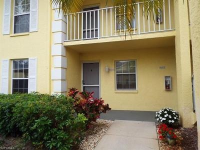 Naples Condo/Townhouse For Sale: 2724 Kings Lake Blvd #103